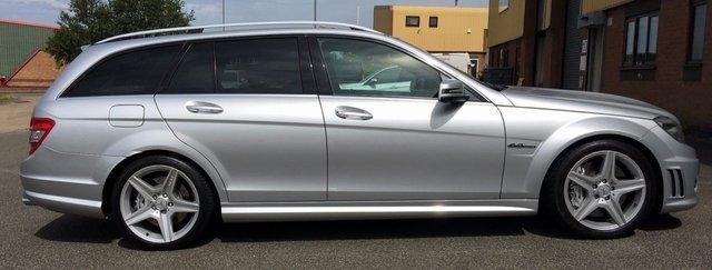 2009 MERCEDES-BENZ C CLASS 6.2 C63 AMG 5d AUTO 451 BHP