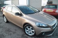 2013 VOLVO V40 1.6 D2 CROSS COUNTRY LUX 5d 113 BHP £9000.00