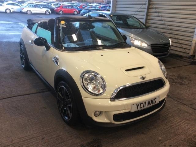 2011 11 MINI CONVERTIBLE 2.0 TD Cooper SD (Chili pack) 2dr (start/stop)