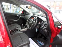 USED 2014 63 VAUXHALL ASTRA 1.4 EXCITE 5d 98 BHP