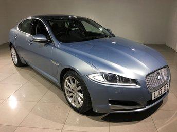 2013 JAGUAR XF 2.2 D PREMIUM LUXURY 4d AUTO 200 BHP £17990.00