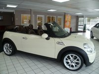 USED 2009 09 MINI CONVERTIBLE 1.6 COOPER S 2d 175 BHP FULL LEATHER , HEATED SEATS, SERVICE HISTORY, PARKING SENSORS, BLUETOOTH PHONE PREP