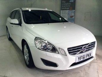 2011 VOLVO V60 2.4 D5 SE LUX 5d 202 BHP £10577.00