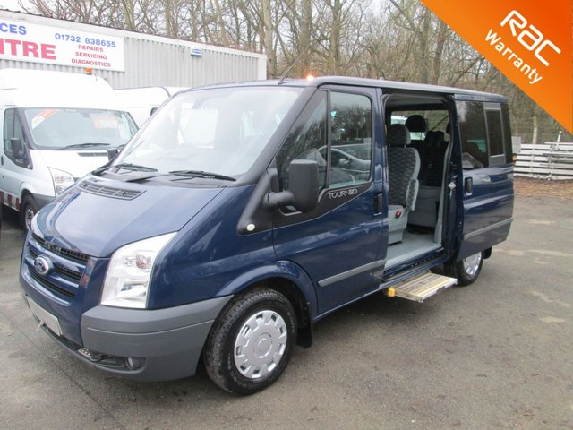 View our FORD TRANSIT TOURNEO