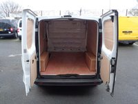 USED 2013 63 RENAULT TRAFIC 2.0 SL29 DCI S/R P/V 1d 115 BHP