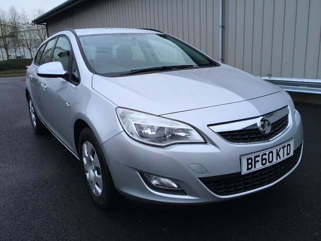 2011 60 VAUXHALL ASTRA 1.7 CDTi 16v Exclusiv 5dr