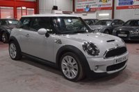 USED 2010 60 MINI HATCH COOPER 1.6 COOPER S CAMDEN 3d 184 BHP A BEAUTIFUL CAMDEN EDITION MINI WHICH MUST BE SEEN TO BE APPRECIATED.