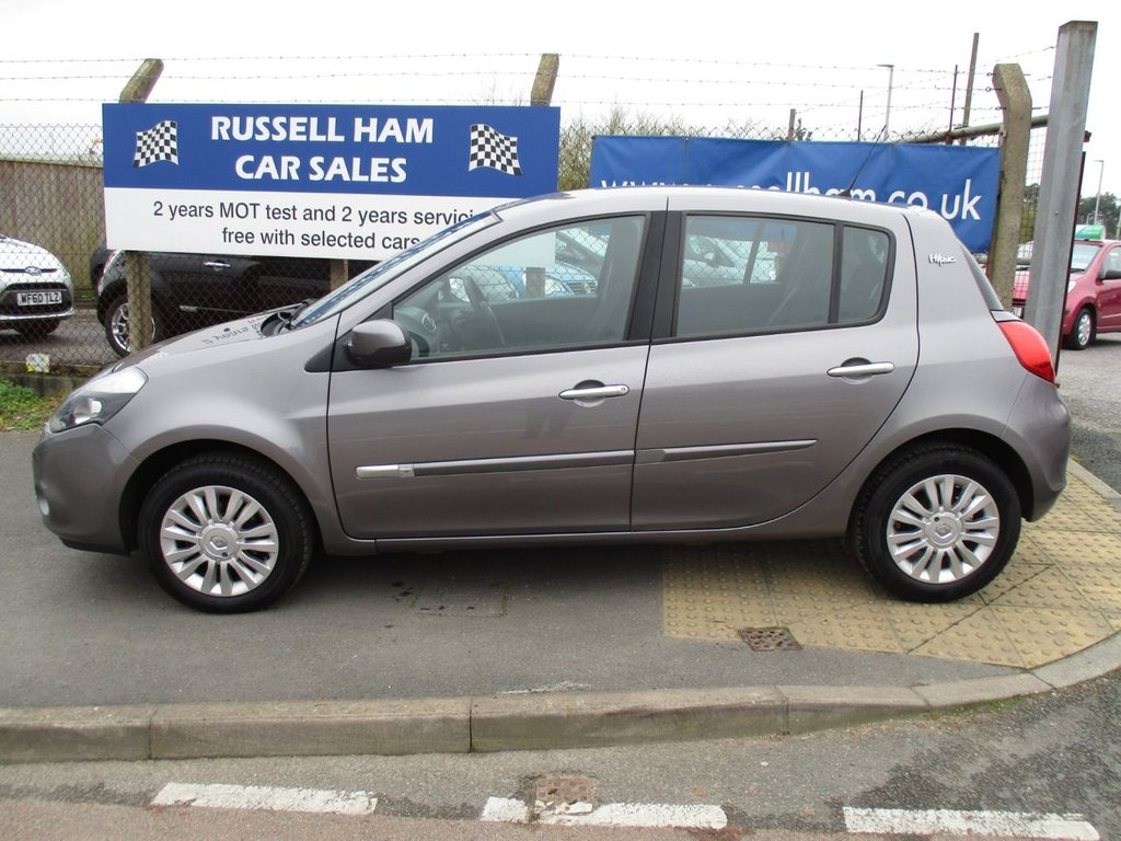 Used RENAULT cars for sale in Plymouth Devon