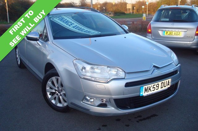 2009 59 CITROEN C5 1.6 VTR PLUS HDI NAV 5d 110 BHP ESTATE