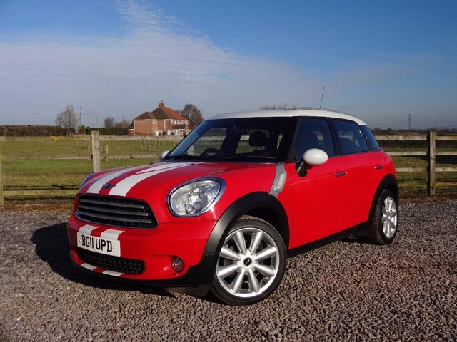 2011 11 MINI COUNTRYMAN 1.6 Cooper (Chili pack) 5dr