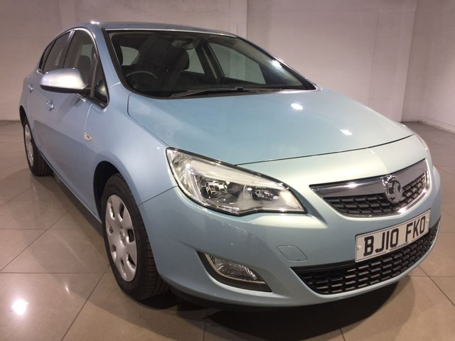 View our 2010 10 VAUXHALL ASTRA 1.6 EXCLUSIV 5d AUTO 113 BHP