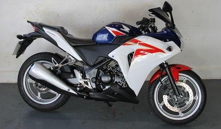2011 11 HONDA CBR250