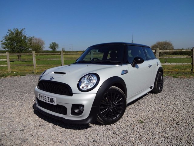 2013 63 MINI HATCH COOPER 1.6 COOPER S 3d 184 BHP (CHILI)