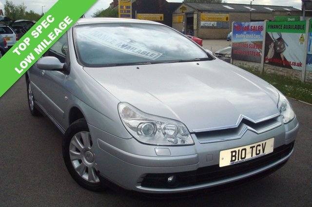 2005 05 CITROEN C5 2.2 EXCLUSIVE HDI 5d AUTO 132 BHP LOW MILEAGE