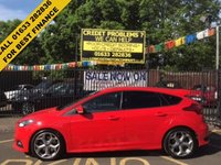 USED 2015 15 FORD FOCUS 2.0 ST-2 TDCI 5d 183 BHP STUNNING RACE RED, PART SMOKE LEATHER INTERIOR, 18 INCH ALLOY WHEELS, FULL ST BODY KIT, BLUETOOTH, LOW MILEAGE, SERVICE HISTORY