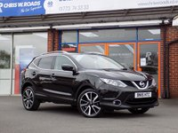 USED 2015 15 NISSAN QASHQAI 1.6 DCi TEKNA 4WD * Pan Roof Nav & Leather * *ONLY 9.9% APR with FREE Servicing*