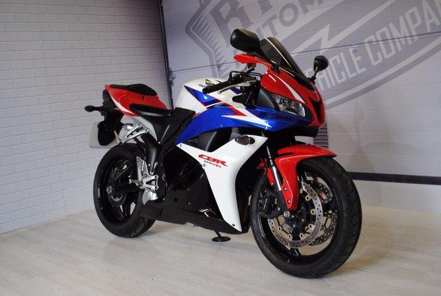 2010 10 HONDA CBR600RR 599cc