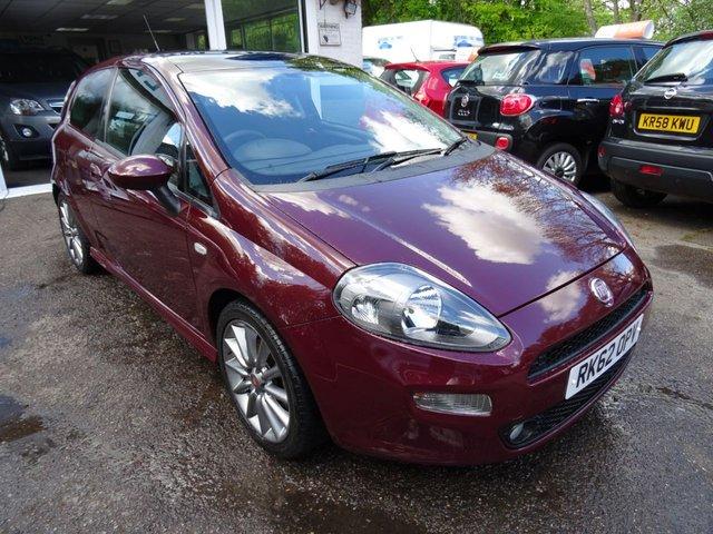 2012 62 FIAT PUNTO 1.4 MULTIAIR LOUNGE 3d 135 BHP