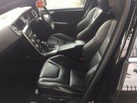 USED 2016 16 VOLVO V60 2.0 D3 R-DESIGN LUX NAV 5d AUTO 148 BHP