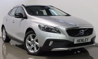 USED 2015 65 VOLVO V40 1.6 D2 CROSS COUNTRY LUX 5d AUTO 113 BHP