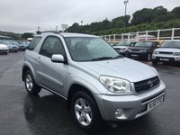 USED 2004 53 TOYOTA RAV4 2.0 XT3 VVT-I 3d 147 BHP High XT3 specification including spoiler, A/C & sunroof++