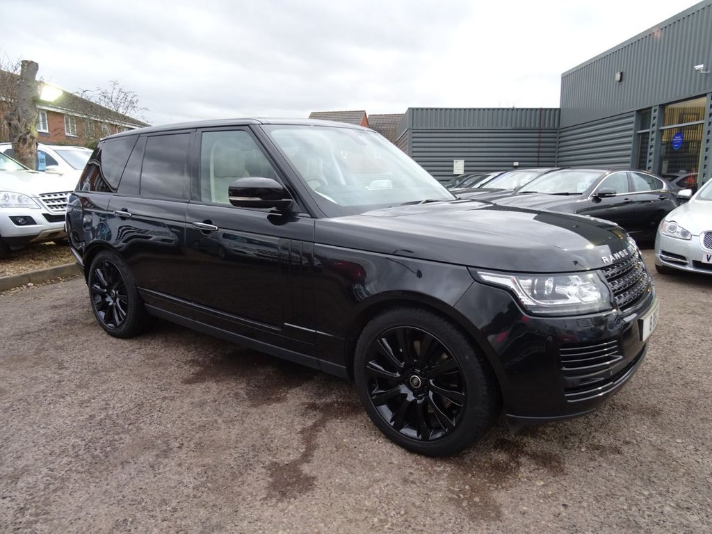 USED 2013 13 LAND ROVER RANGE ROVER 4.4 SDV8 VOGUE SE 5d AUTO 339 BHP AUTOBIOGRAPHY SPECIFICATION   FANTASTIC CAR THAT HAS £3590 FACTORY FITTED EXTRAS, ONE OWNER & LAND ROVER SERVICE HISTORY