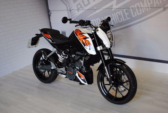 2016 16 KTM 125 DUKE 125cc 125 DUKE 15