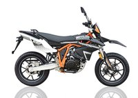USED 2017 67 SINNIS Apache SMR NEW FOR 2017 ***FREE DELIVERY WITHIN 60 MILES***COLOURS BLACK OR ORANGE***