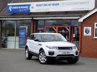 USED 2015 65 LAND ROVER RANGE ROVER EVOQUE 2.0 TD4 SE TECH 5dr AUTO (177) * Nav & 2 Tone Leather * *ONLY 9.9% APR with FREE Servicing*