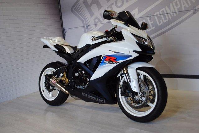 2011 K SUZUKI GSXR 600 L0
