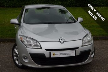 View our RENAULT MEGANE