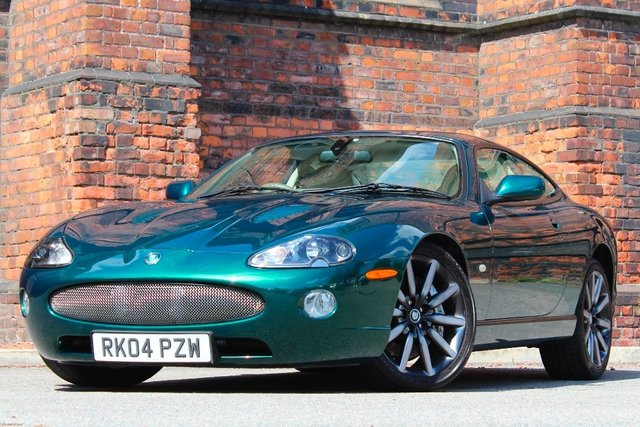 2004 04 JAGUAR XKR 4.2 Supercharged 2dr