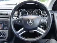 USED 2011 60 MERCEDES-BENZ R CLASS 3.0 R350L CDI 4MATIC 5d AUTO 265 BHP The vehicle comes with a digital Mercedes Benz service history with services completed @ 13420, 35782 & 52350 miles the last being done in April 2017. MOT dated April 2018 and other receipts of work carried out It also comes with x2 keys, a manual pack and Sat Nav disc's