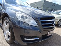 USED 2011 60 MERCEDES-BENZ R CLASS 3.0 R350L CDI 4MATIC 5d AUTO 265 BHP 5 MAIN AGENT SERVICE STAMPS 2 KEYS SERVICED AT 13420M 22060M 35782M 37942M JUST BEEN SERVICED AT 52350M COST NEW £48550 WITH FACTORY EXTRAS OF 21 INCH AMG ALLOYS 5 SPOKE DESIGN £2330 SPORT STYLING PACKAGE £1500 LUXURY AUTOMATIC CLIMATE CONTROL £490 EASY PACK POWERED TAILGATE £410 TELEPHONE PRE WIRING £320 DARK BRUSHED ALUMINIUM  SPECIAL TENORITE GREAY METALIC COACHWORK