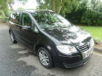 USED 2009 09 VOLKSWAGEN TOURAN 1.9 SE TDI 5d 103 BHP VERY NICE SEVEN SEAT TOURAN SE WITH ONE PREVIOUS LADY OWNER, CLIMATE CONTROL, ALLOY WHEELS AND SERVICE HISTORY