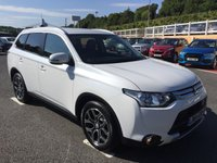 USED 2014 64 MITSUBISHI OUTLANDER 2.3 DI-D GX 3 5d Auto 147 BHP Pearlescent White with Black full leather, 7 seats only 12,000 miles