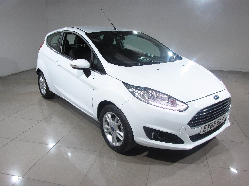 USED 2015 65 FORD FIESTA 1.5 TDCi Zetec 3dr Bluetooth / DAB / 1 Owner