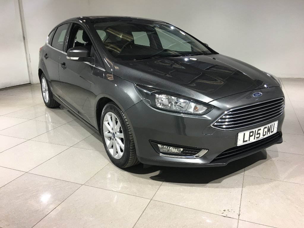 USED 2015 15 FORD FOCUS 1.6 Ti-VCT Titanium Powershift 5dr Sat Nav / Bluetooth / 1 Owner