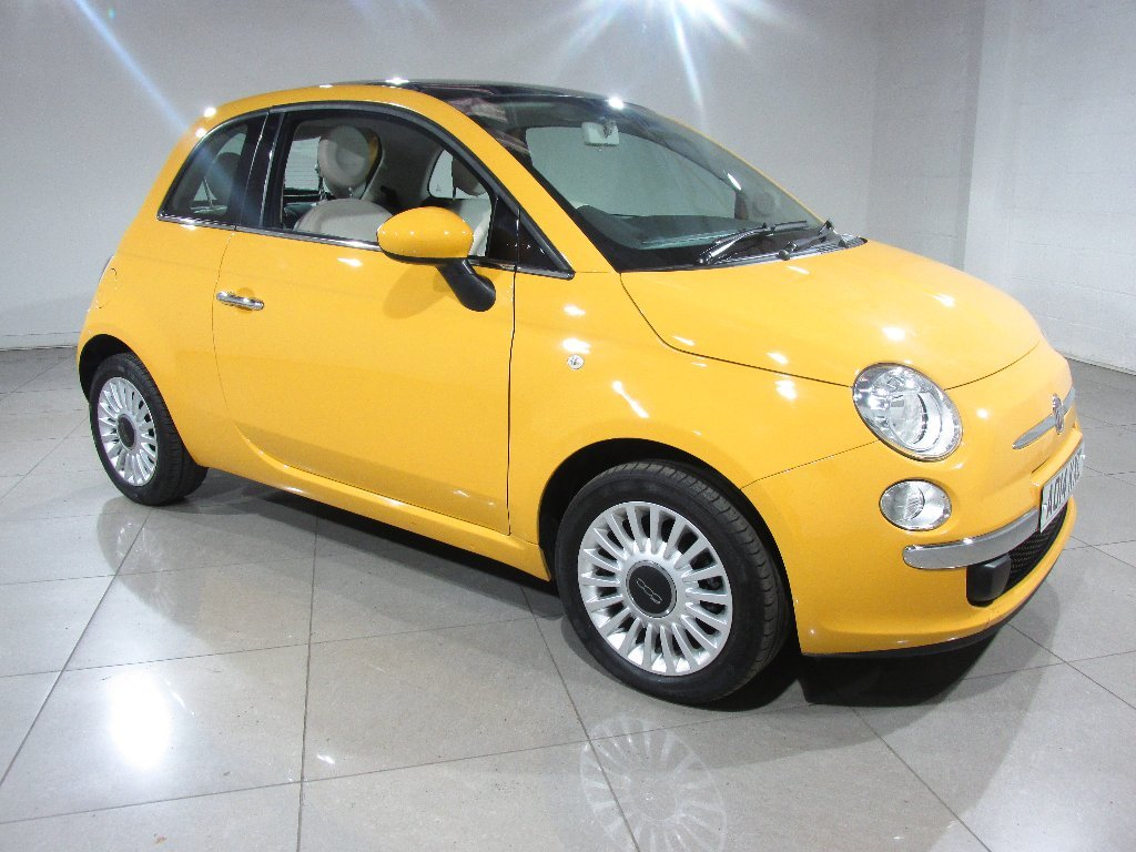 USED 2014 14 FIAT 500 1.2 Lounge 3dr Panoramic Glass Roof/1 Owner