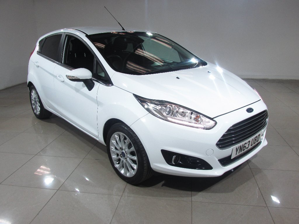 USED 2013 63 FORD FIESTA 1.0 EcoBoost Titanium X 5dr (start/stop) 1 OWNER / PART LEATHER / DAB