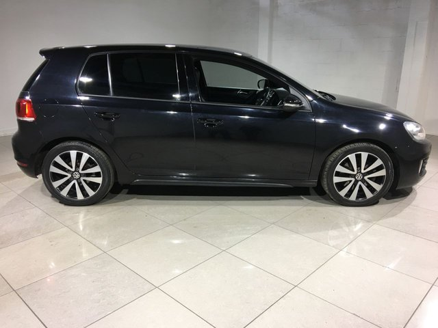 VOLKSWAGEN GOLF at Click Motors