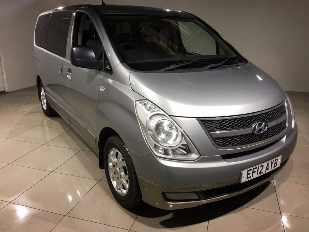 USED 2012 12 HYUNDAI I800 2.5 STYLE CRDI 5d AUTO 168 BHP