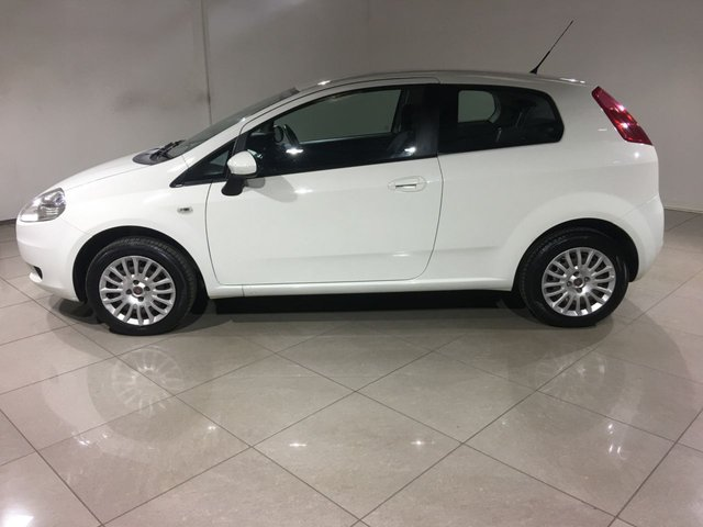 FIAT GRANDE PUNTO at Click Motors