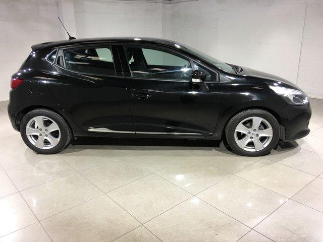 RENAULT CLIO at Click Motors
