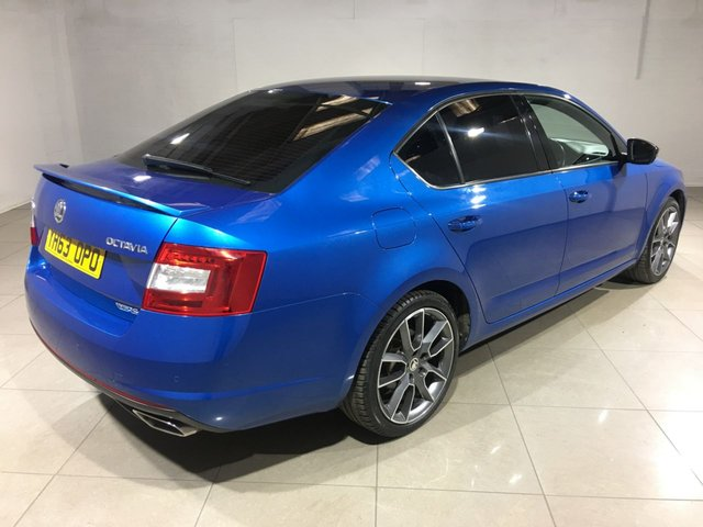 SKODA OCTAVIA at Click Motors