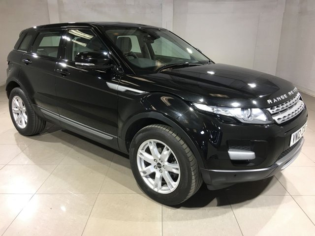 View our 2012 12 LAND ROVER RANGE ROVER EVOQUE 2.2 SD4 PURE TECH 5d AUTO 190 BHP