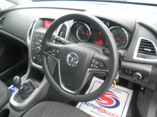2010 Vauxhall Astra Exclusiv 4495