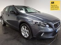 USED 2014 14 VOLVO V40 1.6 D2 CROSS COUNTRY LUX 5d AUTO 113 BHP FSH-1 OWNER-LEATHER-BLUETOOTH-A/C