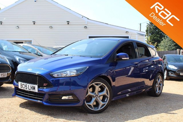 View our 2015 15 FORD FOCUS 2.0 ST-2 5d 247 BHP