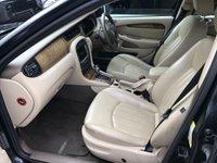 USED 2006 06 JAGUAR X-TYPE 2.5 V6 SE 4d AUTO 195 BHP